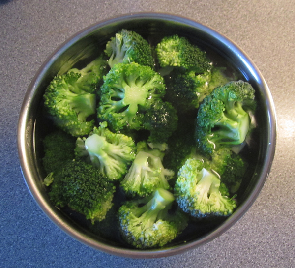 Rens broccoli til broccolisalat