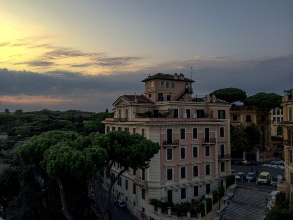 mercure_roma_colosseum_rooftop_view5